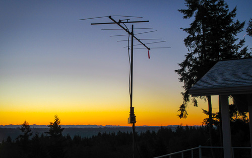 Pete N6ZE's ancient but trusty Cushcraft 2-meter beam pointing south from Whidby Island, CN87tw